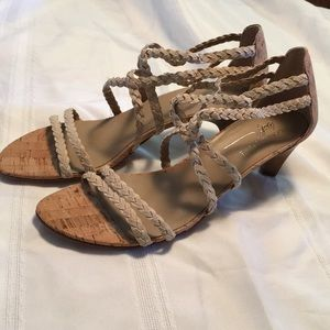 Donald j Pliner beige cork strappy sandals sz 10m